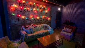 Chicago inaugura bar inspirado na série Stranger Things