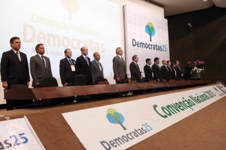 Convenção do Democratas alça ACM NETO a presidente do partido