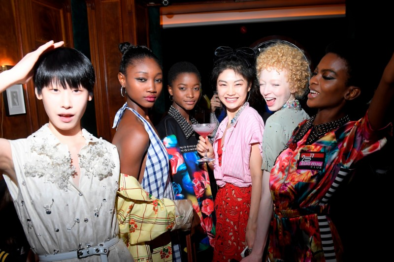 After party da Miu Miu agita último dia de Paris Fashion Week