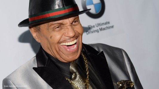 Aos 89 anos, morre Joe Jackson, pai do cantor pop Michael Jackson