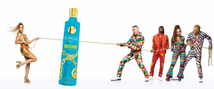 Drink it up: Cîroc e Moschino anunciam collab em semana de moda de Milão