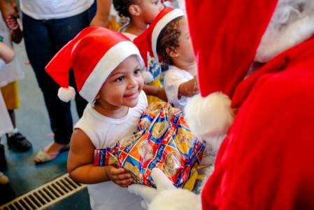 Instituto Novo Brasil realiza evento de Natal beneficente