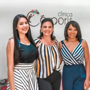 Empresárias realizam happy hour para celebrar news do ano