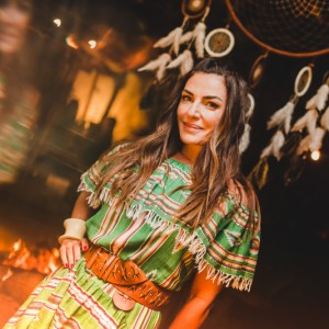Welcome drinks: Ana Paula Gonçalves recebe convidados do bday