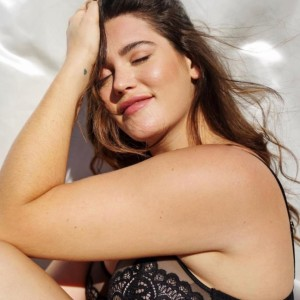 Tarde demais? Top plus size estampa campanha da Victoria's Secret