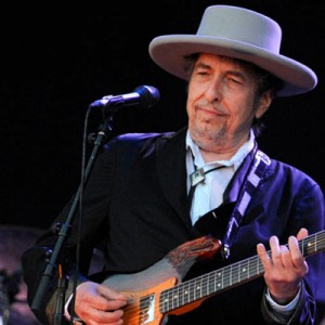 Sounds like good news: Bobby Dylan ressurge após hiato de 8 anos