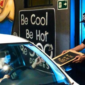 300 Degrees: 1ª pizzaria drive-thru da capital abre as portas