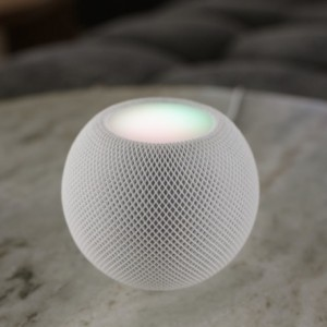 HomePod Mini! Apple lança caixa de som inteligente